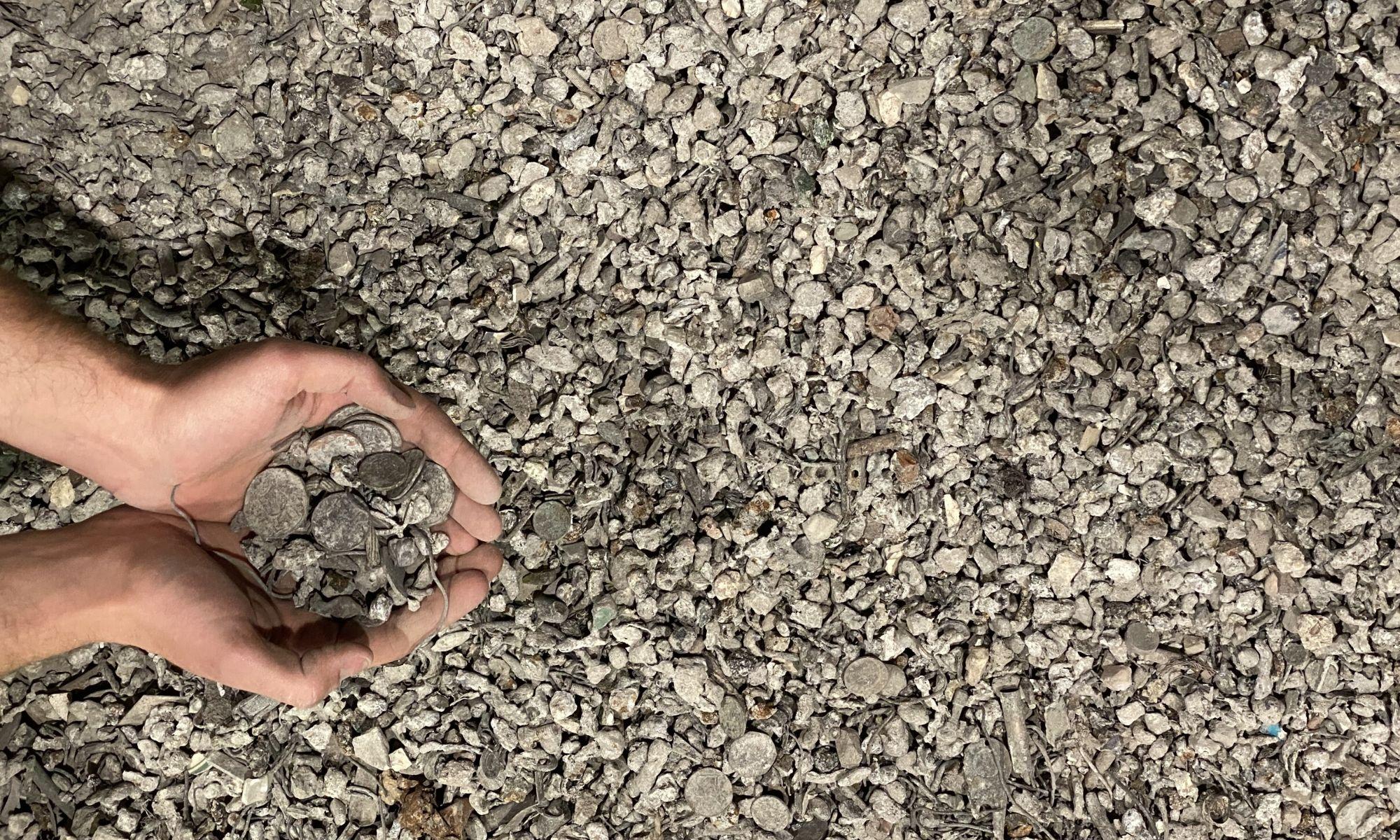 Vermarktung von zurückgewonnenen Metallen als hochwertige Rohstoffe an Schmelzbetriebe